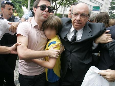 AP/Eduardo Naddar