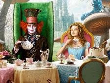 Alice no País das Maravilhas estreia bem e pode passar Avatar