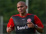 Inter reintegra Walter para ter mais opções entre os atacantes
