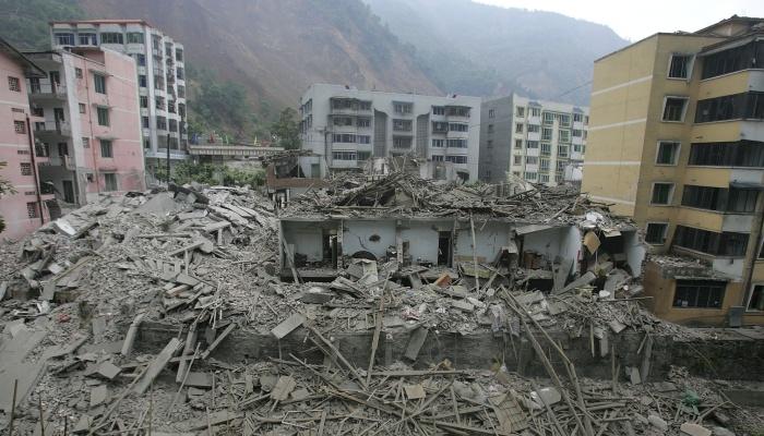 http://i2.r7.com/data/files/2C92/94A3/27F9/36BD/0127/FC51/02AC/7A84/china-terremoto-sichuan-ap-20100414-G.jpg