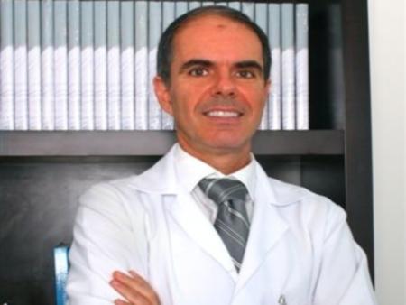 Dr. José Bento