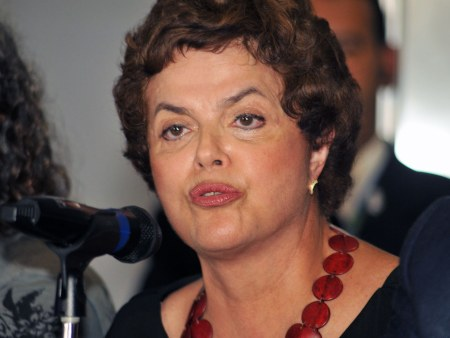 http://i2.r7.com/data/files/2C92/94A4/267A/732F/0126/7C4A/6BDC/489F/dilma-rousseff-campus-party-20090924-hg.jpg