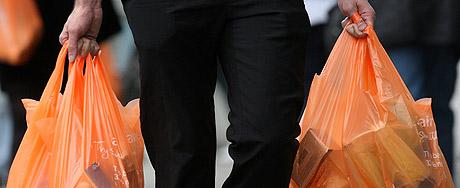 Proibição de sacolas plásticas avança em SP