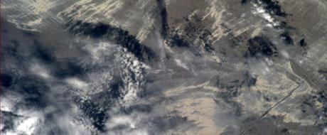 Astronauta publica foto da mancha de óleo